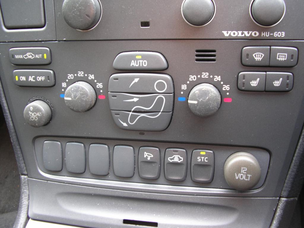 v70 climate control